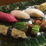74750440 - にぎり寿司                       ・中トロ・平目・いか・子持昆布・芽ネギ・煮蛤