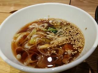 蔵出し和酒と江戸前天ぷら 甲州街道 賽 - 肉汁です