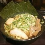 伝丸 - 伝丸ラーメン(醤油)  800円