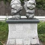 食事処 下山の里 - Statue of 五平&お米