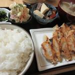 もへじ - 料理写真:【餃子定食(数量限定・ご飯大盛り・貝汁に変更)  830円】