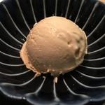 和牛焼肉じろうや 介 wagyu&sake - パゴジェットでほうじ茶のアイス