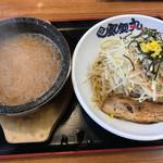 濃厚つけ麺 風雲丸 - 石焼き和風つけ麺+やさい増し(150円)