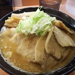 肉麺 金の豚 - 肉味噌豚骨880円