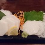 信州長屋酒場 - ・信州長薯の刺身と安曇野ワサビ 490円