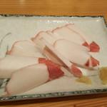 山海里 - 料理写真:熊の刺身