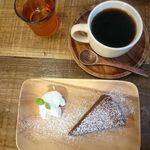 オソラカフェ - コーヒー¥450(セットで¥100引きになる)