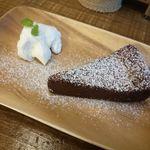 オソラカフェ - チョコレートケーキ¥450