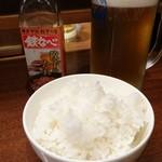 鉄なべ - 生ビール中551円 ごはん中216円