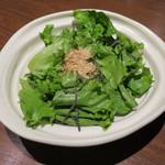 北の味紀行と地酒 北海道 - 塩昆布サラダ