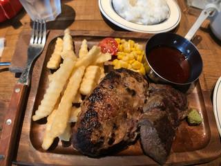 肉が旨いカフェ NICK STOCK 広島駅前店