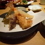 そば処かざこし - 天ぷらの盛り合わせ