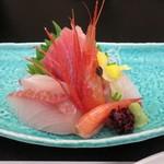 七草の湯 - 料理写真:鮪・甘エビ・鯛・勘八