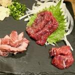 日本のお酒と馬肉料理 うまえびす - 馬刺し
