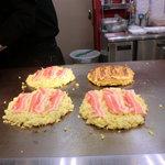 じゃんぼ総本店 - 豚肉スライス3枚です