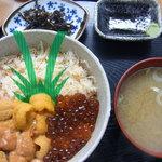 二条食品 - 三色丼(カニ汁つき)