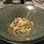 リストランテ カノフィーロ - ホタテとポルチーニ茸のアーリオオーリオ タリアテッレ