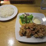 留萌マルシェ - 鶏ザンギランチ