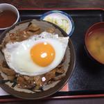74806497 - チャップ丼 750円