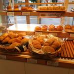 オーブンフレッシュカフェ - 料理写真:店内