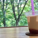 エン カフェ - いちご豆乳