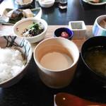 和彩膳所 楽味 - ご飯、お豆腐、お味噌汁