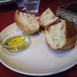 ベルドゥーラ - フワパリで美味しいパンはおかわりできます