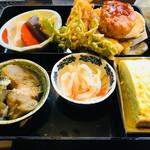 相福庵 - この基本のお膳はたぬき蕎麦定食も、ざる蕎麦定食も全く同じデス