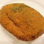 BENKEI  - 辛口カレーパン