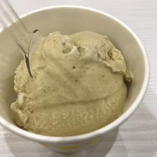 Japanese Natural ICE EN ラゾーナ川崎プラザ店 - 濃厚ほうじ茶のシングルカップ。 税込330円。 美味し。