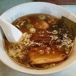 拉麺屋 日昇亭 - 半らーめん680円