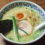 らーめん三歩 - 魚濃出汁(塩)