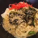 麺屋 青空  - 博多まぜそば(500円)紅生姜、高菜投入