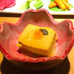 74832400 - お通し かぼちゃの豆腐 ¥500                       (かぼちゃの種 イクラ)