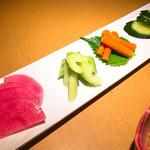 七色てまりうた - 季節のお漬物 (赤かぶ セロリ ごぼう きゅうり) ¥520