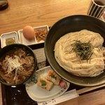 74832425 - 上肉つけ、海老押し寿司(二貫)
