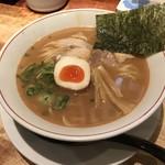 麺dining月乃家 - 豚骨醤油ラーメン