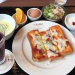 よつば珈琲 - ピザトーストセット