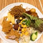 豆乃畑 - 焼きそば、唐揚げ、サラダ、肉団子、玉子焼き…