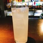 アフターアワーズバン - グレープフルーツのお酒¥5000(チャージ込、チャーム無し、笑)