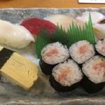 うえ乃寿し - すし定食 にぎり寿司