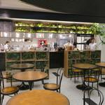 ほんのひととき - オープンなカフェ・スペース2