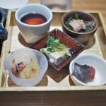 ヒトシナヤ - 副菜部分