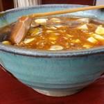玉蘭 - 極辛麻婆麺。祖師ヶ谷大蔵駅近くのあかずきんの麻婆麺メニュー『あかずきん』より、コクがあり味わい深い麻婆麺。比較することをおすすめします。