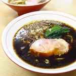 ら~麺 安至 - 白だし醤油ら~麺 650円