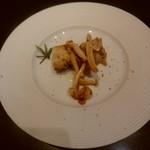 74862598 - 前菜 鶏とキノコのソテー