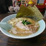 ヤスシボーイ - 料理写真:らーめん[¥690]