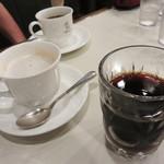 ばんぢろ - カフェオーレトアイスコーヒー(シロップ入り)