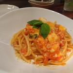 酒と肉バル sora - ◆バジル・モッツラレチーズ入りトマトソース(980円)