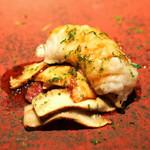 Restaurant l'equateur - 和牛のザブトンと湯引き鱧 松茸添え 柚子の香りで